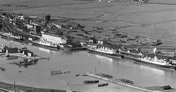 Photo:East Quay 1931