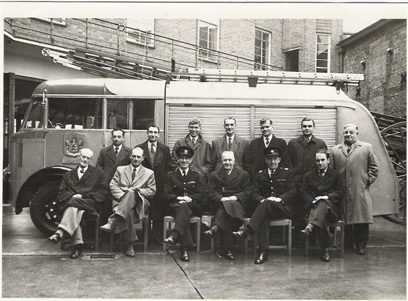 Photo:1958 Boat Firecrew