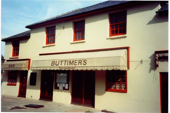 Photo:BUTTIMERS