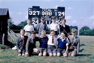 Photo:3A cricket team in 1960. Now that would have been a great score!