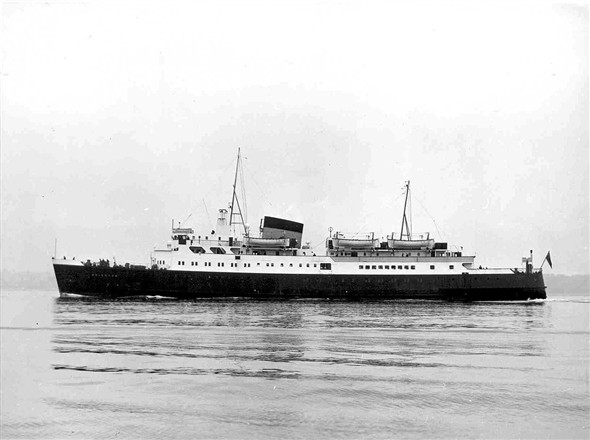 Photo:Official British Transport Photo of SS Brighton when brand new