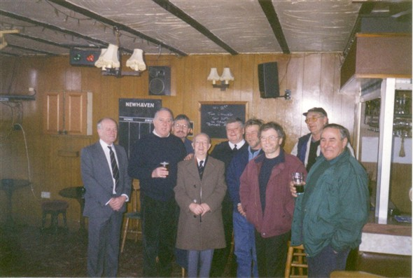 Photo:Decomissioning day 22/01/2000 L to R - Barry Gilbert, ?,?, Frank Gilbert, Bob Domin, John Watkins, Charlie Hutchings, Chris O'Callaghan, and Ray Todd at the old Fishermans Club.