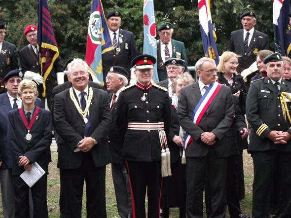 Photo:Dignitaries  front row L to R :  Daly Tucknott Young Mayor of Newhaven, Graham Amy Mayor of Newhaven, Lord Leuitenant of Sussex Peter Field. Monsieur Hugues Falaize Deputy Mayor of Dieppe, Liuetant-Colonel Denis Janelle CD of Canadian High Commission.