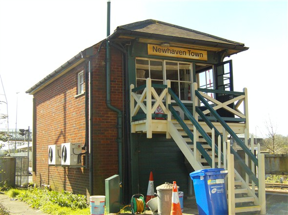 Photo: Illustrative image for the 'NEWHAVEN TOWN SIGNALBOX' page