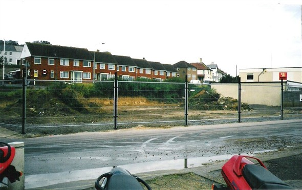 Photo:Fort Road and West Quay Junction,The Captains Table Site - 2000