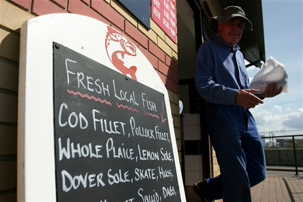 Photo:Fish shop Aug 05