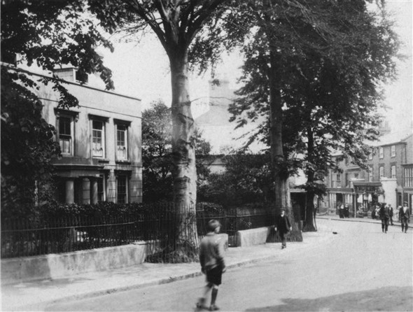 Photo:High Street - Sussex House - 1920
