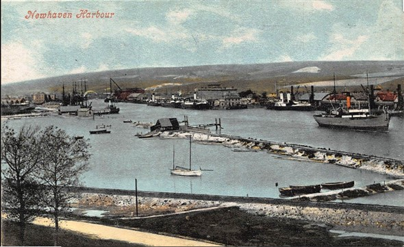 Photo:Harbour c 1900