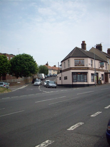Photo:VIEW FROM LEWES ROAD TOWARDS LOWER ELPHICK ROAD/JOLLY BOATMAN - 2008