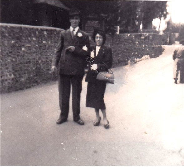 Photo:Nan & Granddad in Denton