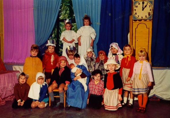 Roan St. Patrick's Primary school: Christmas Play