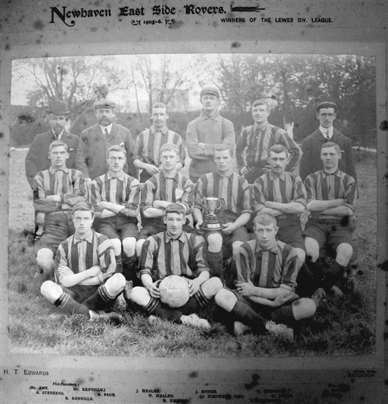 Photo:East Side Rovers 1905-06