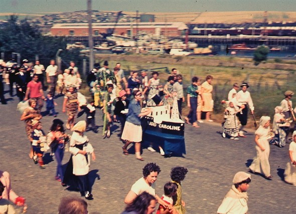 Photo: Illustrative image for the 'NEWHAVEN CARNIVAL PROCESSION 1964' page