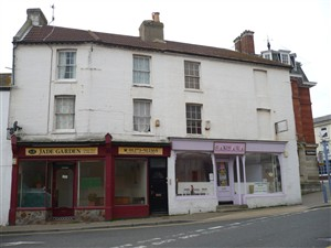 Photo:1-3 Chapel Street, dwellings over shops