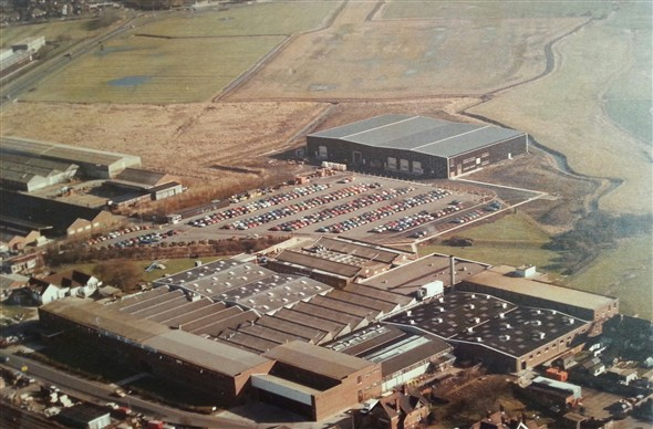 Photo:Aerial view of the Parker Pen site c1985