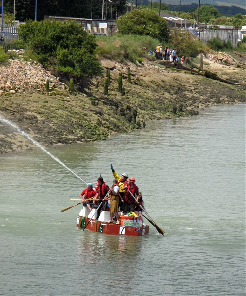 Photo: Illustrative image for the 'RAFT RACE' page