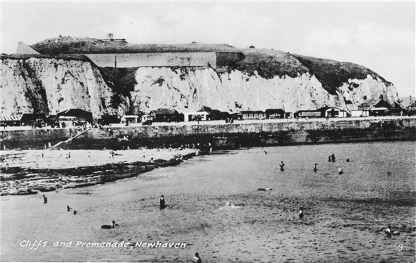 Photo:Sandy Beach and The Fort - c1930