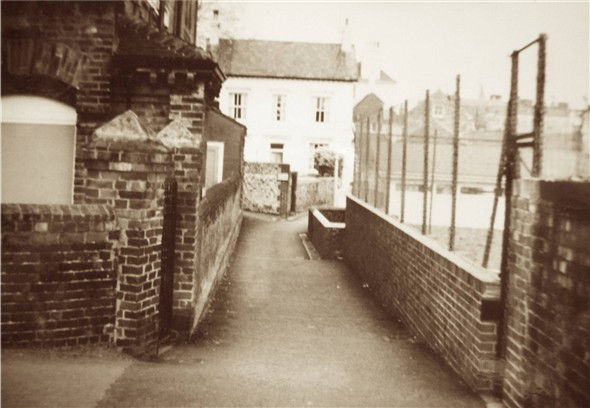 Photo:South Lane looking North with Sidney Cottage - c1950