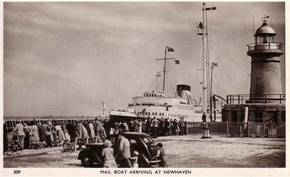 Photo:'The mailboat arriving at Newhaven'