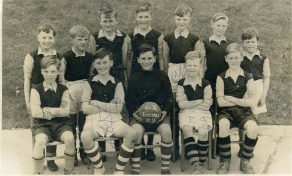 Photo:Football team 1955