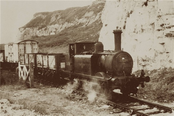 Photo:Terrier 32678 leaving the west beach - C1960