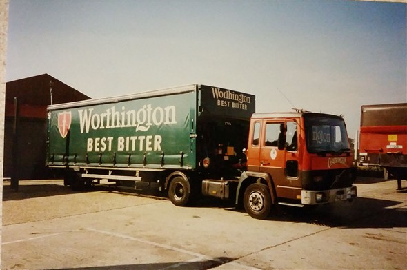 Photo:And a smart looking Worthington truck