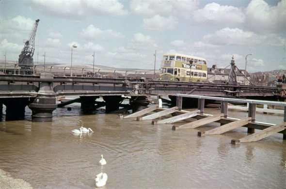 Photo: Illustrative image for the 'NEWHAVEN SWING BRIDGE' page