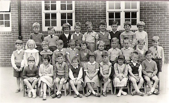 Photo: Illustrative image for the 'MEECHING JUNIOR SCHOOL 1960' page