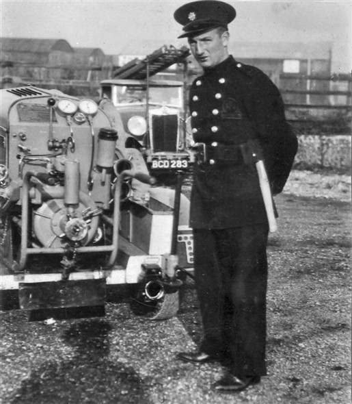 Photo:Frank Gilbert and the Fire Engine