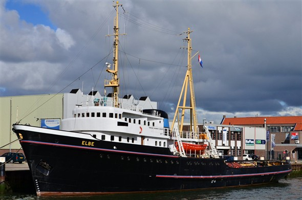 Photo:Elbe - fully restored to her former glory!