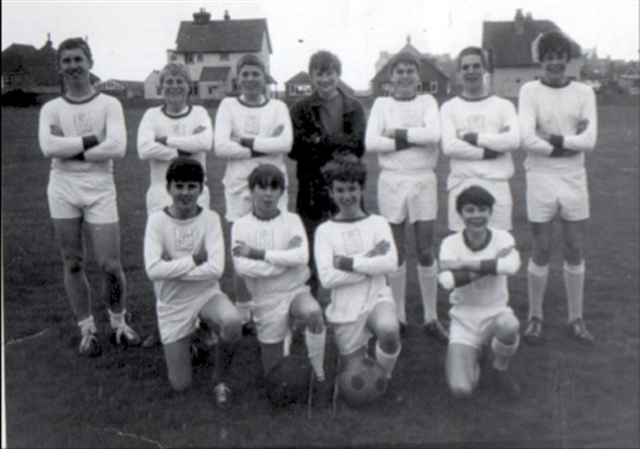 Photo:Left to Right. BACK ROW J Scott, P Harrison, ? Poulton, P Baitup, ? Poulton, A Kingshott, A Greenfield, FRONT ROW S Forbes, C Doyle, R Scott, D Evans
