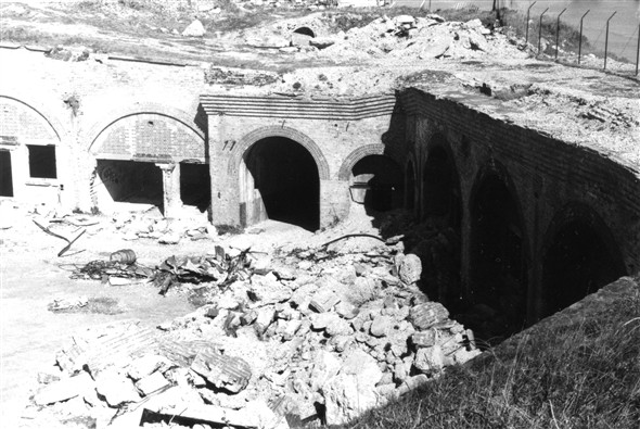 Photo:Fort and tonnes of rubble - 1976