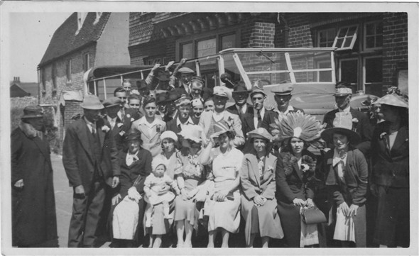 Photo: Illustrative image for the 'HAMPDEN ARMS CHARABANC OUTING' page