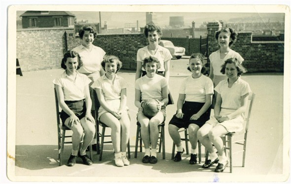 Photo:Eagles Netball Team - 1954