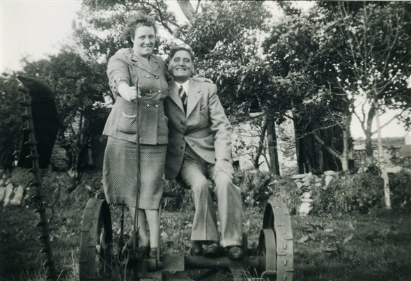 Photo:Mary Warnes & 2nd husband, Albert Warnes, October 1950