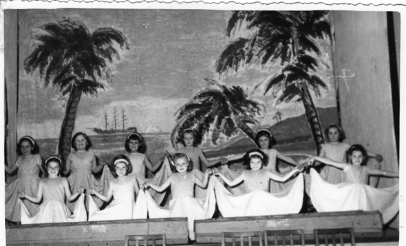 Photo:Dick Whittington - 1953.  Back row left to right - Angela Groves, Susan Farrow, Jean Kingshot, Rosemary Mullett, Carol Eager, Julie Harvey.  Front row left to right - Geraldine Greenslade, Sheila Scarth, Maureen Hollands?, Linda Everest?, ?