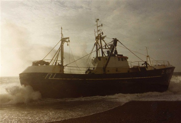 Photo:December 1988.  A Belgian fishing boat missses the Harbour mouth and becomes stranded on the beach at Tidemills.