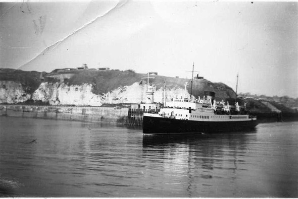 Photo:Arromanches 1947-1964.