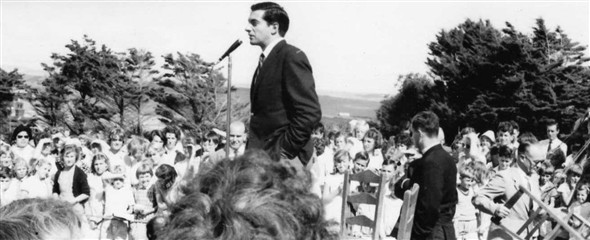 Photo:Frankie Vaughan,singer/filmstar opening the fete.