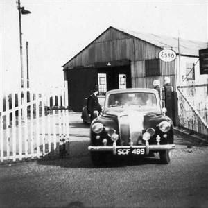 Photo:Philip Harben, first TV chef leaving Newhaven Customs shed