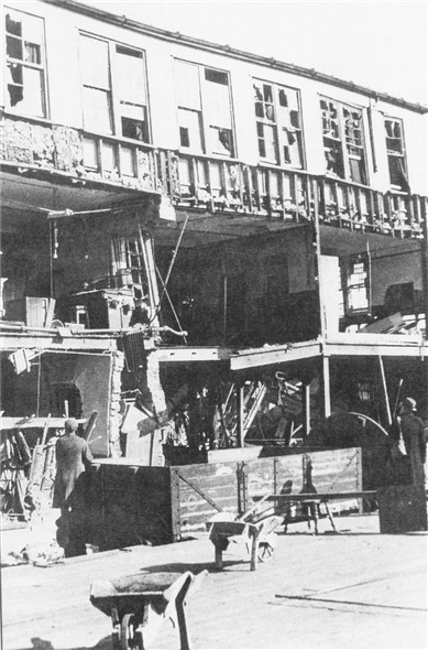 Photo:London Paris Hotel bomb damage - 23/3/1942