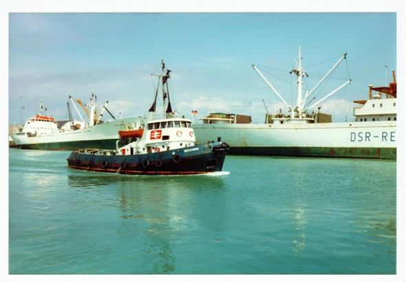 Photo:Meeching and Cargo Ships - 1980