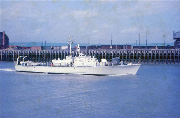 Photo:Inshore Minesweeper HMS Watchful leaving harbour