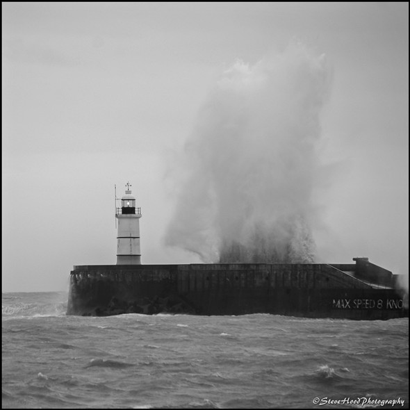 Photo: Illustrative image for the 'NEWHAVEN LIGHTHOUSE' page