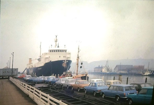 Photo:Simca cars at the Railway Quay